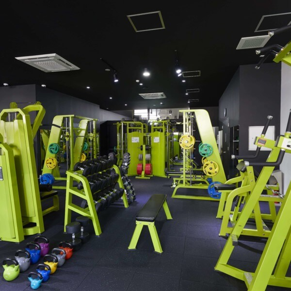 FORBES 24h fitness 西尾一色店の画像